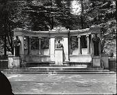 view Richard Morris Hunt Memorial [sculpture] / (photographed by Peter A. Juley & Son) digital asset number 1