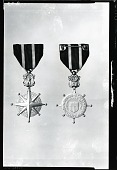 view United States Merchant Marine Distinguished Service Medal (obverse and reverse) [sculpture] / (photographed by Peter A. Juley & Son) digital asset number 1