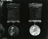 view The Pennsylvania Society - Horace Howard Furness Prize Medal [sculpture] / (photographed by Peter A. Juley & Son) digital asset number 1