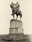 view George Washington [sculpture] / (photographer unknown) digital asset number 1