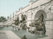 view The Court of Neptune Fountain (side view) [sculpture] / (photographed by Detroit Publishing Company) digital asset number 1