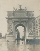 view The Dewey Triumphal Arch [sculpture] / (photographer unknown) digital asset number 1