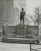 view Admiral David Glasgow Farragut Monument [sculpture] / (photographed by Ewing Galloway) digital asset number 1