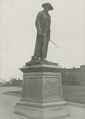 view Bunker Hill Monument: Statue of Colonel Prescott [sculpture] / (photographed by Halliday Historic Photograph Co.) digital asset number 1