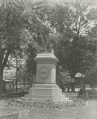 view Oliver Hazard Perry Memorial Statue [sculpture] / (photographer unknown) digital asset number 1