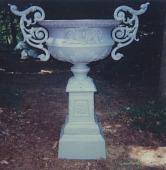 """view <I>Urn & pedestal, """"King No. 1"""" pattern with handles</I> digital asset number 1"""