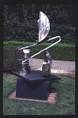 view [Magowan Garden]: Sculpture and treillage. digital asset: [Magowan Garden]: Sculpture and treillage.: 1997 Apr. 4