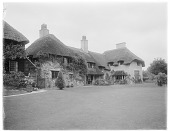 view [Miscellaneous Sites in West Sussex, England]: a house designed by architect Charles Sydney Spooner in Bury, West Sussex. digital asset: [Miscellaneous Sites in West Sussex, England] [glass negative]: a house designed by architect Charles Sydney Spooner in Bury, West Sussex.