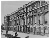 view [Hampton Court Palace]: a facade of the palace. digital asset: [Hampton Court Palace] [glass negative]: a facade of the palace.