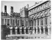 view [Hampton Court Palace]: the Fountain Court. digital asset: [Hampton Court Palace] [glass negative]: the Fountain Court.