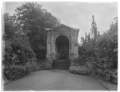 view [Wilton House and Vicinity]: the Palladian bridge over the River Nadder. digital asset: [Wilton House and Vicinity] [glass negative]: the Palladian bridge over the River Nadder.