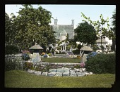 view [Miscellaneous Sites in Worcestershire, England]: the house and part of the garden at Bannits, Broadway, Worcestershire. digital asset: [Miscellaneous Sites in Worcestershire, England]: the house and part of the garden at Bannits, Broadway, Worcestershire.