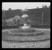 view [Broughton Castle]: part of the Ladies' Garden or knot garden. digital asset: [Broughton Castle] [lantern slide]: part of the Ladies' Garden or knot garden.