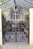 view [Villa Filipponi]: the gates on the potting shed were brought from another residence. digital asset: [Villa Filipponi]: the gates on the potting shed were brought from another residence.: 2012 Apr.