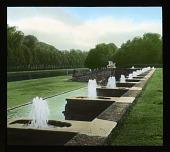view [Château de Vaux-le-Vicomte]: fountains in the gardens. digital asset: [Château de Vaux-le-Vicomte]: fountains in the gardens.: 1936 Jun.