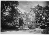 view [Muskau Park and Vicinity]: the New Castle in Muskau Park and part of its gardens. digital asset: [Muskau Park and Vicinity] [glass negative]: the New Castle in Muskau Park and part of its gardens.