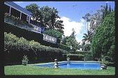 view [Maunalani]: house and pool. digital asset: [Maunalani]: house and pool.: 1997 Jul. 10.