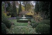 view [Coolridge Garden]: an antique fountain is bordered by boxwood. digital asset: [Coolridge Garden]: an antique fountain is bordered by boxwood.: 2008 Nov.