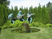 view [Innisfree]: a trio of giant frogs serenade in the tribute garden. digital asset: [Innisfree]: a trio of giant frogs serenade in the tribute garden.: 2007 Aug.