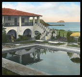 view Hotel Playa de Cortés: looking across the hotel's swimming pool to Bacochibampo Bay. digital asset: Hotel Playa de Cortés: looking across the hotel's swimming pool to Bacochibampo Bay.: 1937 Jan.