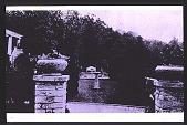view [Cheeononda]: garden entrance. digital asset: [Cheeononda]: garden entrance.: 1925.