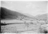 view [Miscellaneous Sites in New Hampshire, Series 1]: an unidentified location, probably Pinkham Notch. digital asset: [Miscellaneous Sites in New Hampshire, Series 1] [glass negative]: an unidentified location, probably Pinkham Notch.