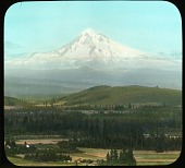 view [Mt. Hood]: Mt. Hood from Tabor Heights. digital asset: [Mt. Hood]: Mt. Hood from Tabor Heights.: [between 1914 and 1949?]
