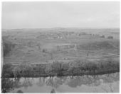 view [Miscellaneous Sites in Reading, Pennsylvania]: the Schuylkill River and countryside north and west of Reading. digital asset: [Miscellaneous Sites in Reading, Pennsylvania] [glass negative]: the Schuylkill River and countryside north and west of Reading.