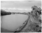 view [Miscellaneous Sites in Reading, Pennsylvania]: the east bank of the Schuylkill River near Reading. digital asset: [Miscellaneous Sites in Reading, Pennsylvania] [glass negative]: the east bank of the Schuylkill River near Reading.