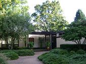 view [Hetz Garden]: facing the entry to the house. digital asset: [Hetz Garden]: facing the entry to the house.: 2012 Sep.
