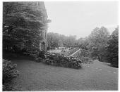 view [Butterworth Garden]: house, terrace, and hillside plantings. digital asset: [Butterworth Garden] [glass negative]: house, terrace, and hillside plantings.
