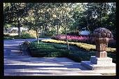 view [Dallas Arboretum and Botanical Garden]: Johnson Color Garden. digital asset: [Dallas Arboretum and Botanical Garden]: Johnson Color Garden.: 1996 Oct. 1.