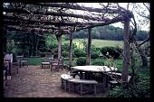 view [Short Glade Farm]: arbor. digital asset: [Short Glade Farm]: arbor.: 1997 Jun.