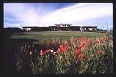 view [Hofius Garden, Sequim, Washington]: approaching the house. digital asset: [Hofius Garden, Sequim, Washington]: approaching the house.: 1999 Mar.