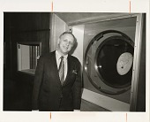 view David L. Wolper with the Hope Diamond at National Museum of Natural History digital asset number 1