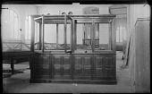 view Empty Exhibit Cases at USNM digital asset number 1