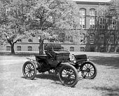 view 1903 Oldsmobile gasoline automobile digital asset number 1