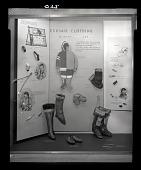 "view ""Eskimo Clothing"" Exhibit Case digital asset number 1"