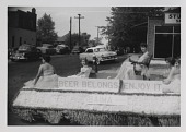 view Miscellaneous parade floats (unidentified) digital asset: Miscellaneous parade floats (unidentified)