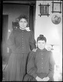 view Maude Bender and Annie Telfsson (Minnesota Chippewa) digital asset: Maude Bender and Annie Telfsson (Minnesota Chippewa)