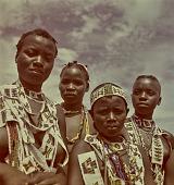 view Zulu young men and women, KwaZulu-Natal (South Africa) digital asset: Zulu young men and women, KwaZulu-Natal (South Africa)