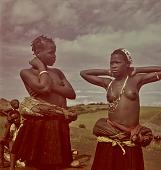 view Zulu young women talking, KwaZulu-Natal (South Africa) digital asset: Zulu young women talking, KwaZulu-Natal (South Africa)
