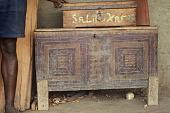 view Decorated wood storage box belonging to Salifu Kamara, Bafodea Town, Sierra Leone digital asset: Decorated wood storage box belonging to Salifu Kamara, Bafodea Town, Sierra Leone