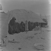 view Maure family in front of a tent, north of Tombouctou, Mali digital asset: Maure family in front of a tent, north of Tombouctou, Mali
