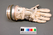 view Glove, Right, Mercury, MG-11, Grissom digital asset number 1
