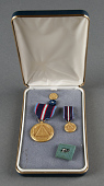 view Medal, NASA Space Flight (set of 4 items in case), Sally Ride digital asset number 1