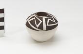 view Miniature pot/vessel digital asset number 1