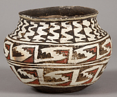 view Earthen Vase digital asset number 1