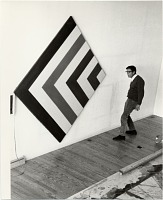 thumbnail image for Kenneth Noland in his studio