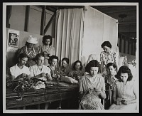 thumbnail image for Photograph of basketry class at the Delta Art Center, Greenville, Mississippi